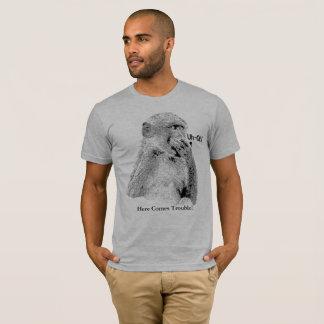 """Babouin dans """"Uh-Oh"""" la pose amusante T-shirt"""