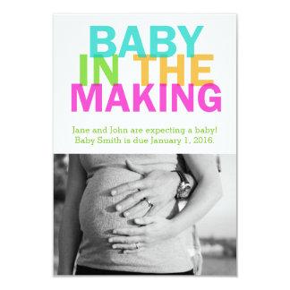 BABY IN de MAKENDE zwangerschapsaankondiging Kaart