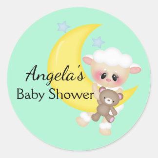Baby shower d'agneau et de croissant de lune sticker rond