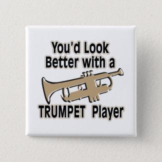 Badge Carré 5 Cm Améliorez avec un trompettiste