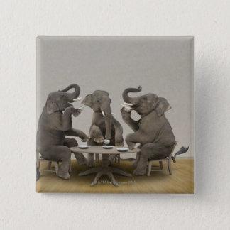 Badge Carré 5 Cm Éléphants ayant le thé