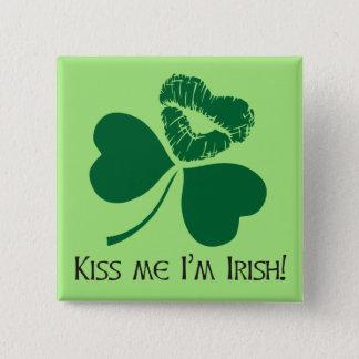 Badge Carré 5 Cm Embrassez-moi !