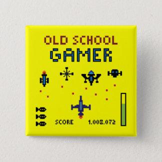Badge Carré 5 Cm Gamer de vieille école - vaisseau spatial - bouton