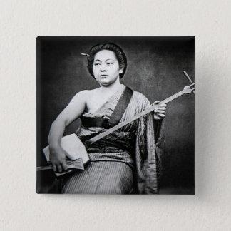 Badge Carré 5 Cm Geisha japonais jouant la musique de cru de