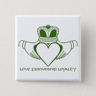 Badge Carré 5 Cm Goupille ou bouton de symbole de Claddagh