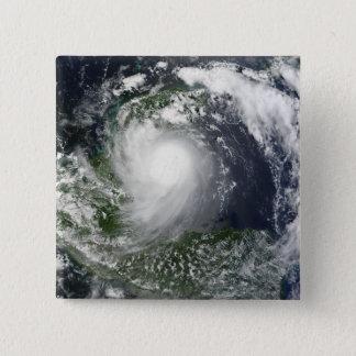 Badge Carré 5 Cm Tempête tropicale Karl au-dessus de la péninsule