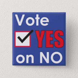 Badge Carré 5 Cm Vote oui sur l'aucun