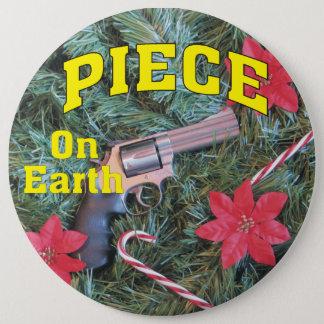 Badge Rond 15,2 Cm Morceau sur Noël d'arme à feu de la terre