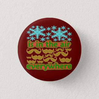 Badge Rond 2,50 Cm Moustaches partout