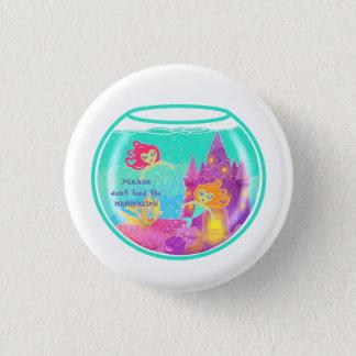 Badge Rond 2,50 Cm Sirènes de Chibi dans un bocal à poissons