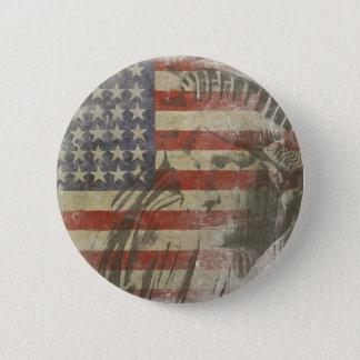 Badge Rond 5 Cm Bouton avec la statue de la liberté sur le vieux