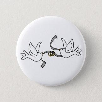 Badge Rond 5 Cm Colombes de mariage avec le bouton d'anneaux