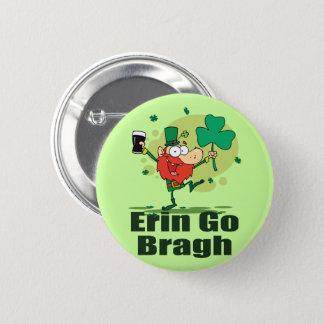 Badge Rond 5 Cm Erin vont lutin de Bragh avec la bière de malt