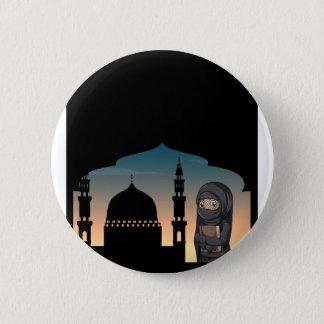Badge Rond 5 Cm Femme musulmane dans le costume noir