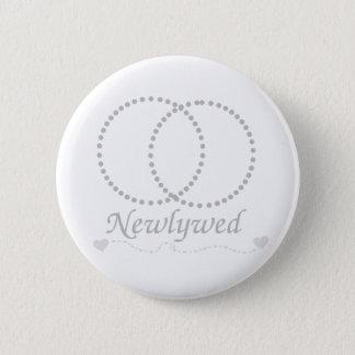 Badge Rond 5 Cm Nouveaux mariés liés d'anneaux