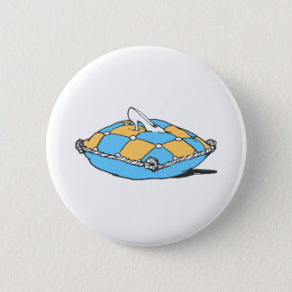 Badge Rond 5 Cm Pantoufle de Cendrillon sur le coussin orange