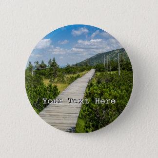 Badge Rond 5 Cm Paysage en bois de chemin de toundra de montagne