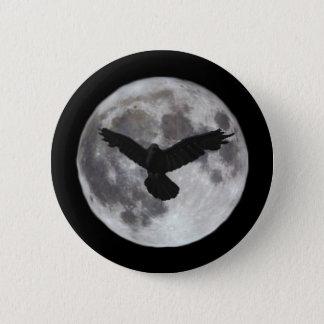 Badge Rond 5 Cm Pleine lune avec le vol de corneille devant lui