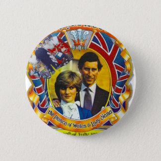 Badge Rond 5 Cm Punk vintage 80' Charles et Di les épousant sroyal