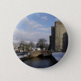 Badge Rond 5 Cm Rivière et neige de château