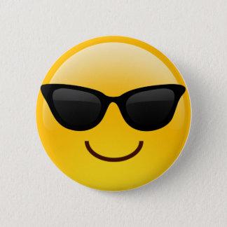 Badge Rond 5 Cm Visage de sourire avec des lunettes de soleil