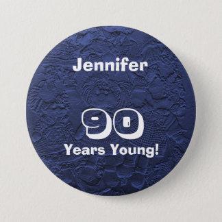 Badge Rond 7,6 Cm 90 ans de jeune de poupées de Pin cadeau