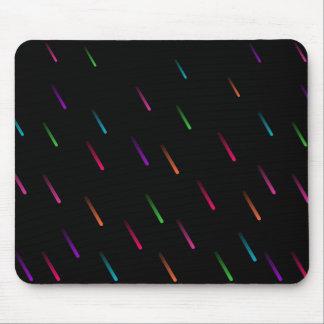 Baisses de pluie d'arc-en-ciel (foncées) tapis de souris
