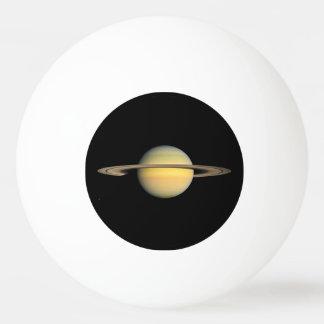Balle De Ping Pong Saturn pendant l'équinoxe