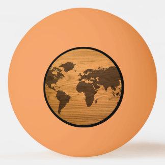 Balle Tennis De Table Carte du monde sur le grain en bois
