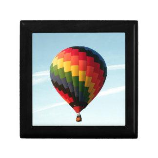 Ballon à air chaud en haut boîte à souvenirs