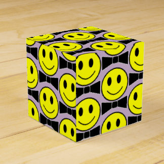 Ballotins Boîte heureuse de cadeau de cravate d'arc de
