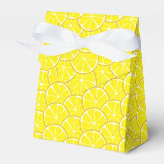 Ballotins Le citron d'agrume d'été découpe le ballotin en