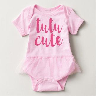 Barboteuse mignonne de tutu de bébé de tutu rose