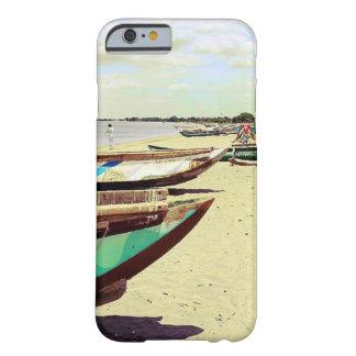 Bateaux sur la plage tropicale coque iPhone 6 barely there