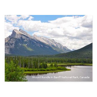 Bâti Rundle en parc national de Banff, Canada Carte Postale
