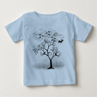 Battes et corneilles de Halloween dans l'arbre T-shirt Pour Bébé