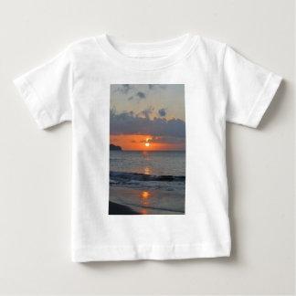 Beau coucher du soleil t-shirt pour bébé