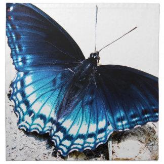 Beau papillon bleu serviettes en tissus