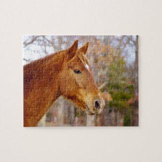 Beau puzzle de cheval de châtaigne avec la