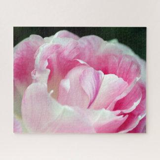 Beau puzzle rose de pivoine