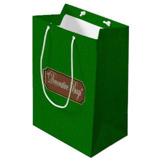 Beau sac moyen vert de cadeau