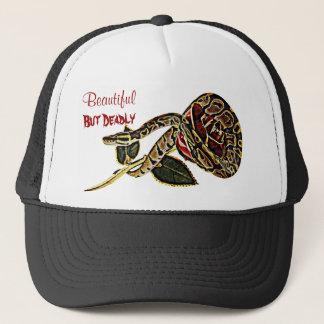 Beauté dangereuse de casquette de serpent de