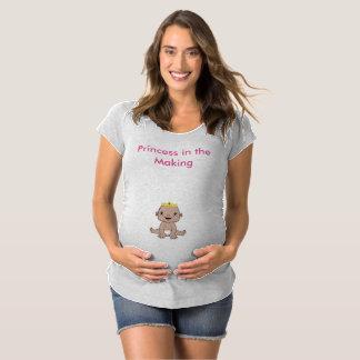 Bébé dans la pièce en t de fabrication T-Shirt de maternité