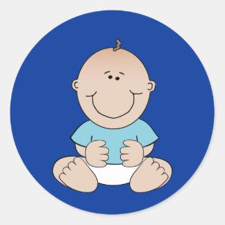 Bébé dans l'autocollant bleu de chemise sticker rond