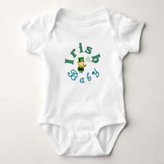 Bébé d'Irlandais de T-shirts du jour de St Patrick