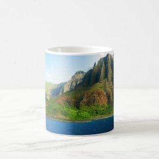 Belle tasse hawaïenne de panorama de paysage