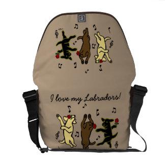 Besace Sac messenger de danse heureux à trio de Labrador