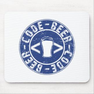 Bière et programmeur de code tapis de souris