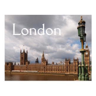 Big Ben et le Parlement en carte postale des