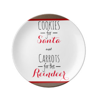 Biscuits et plat de carottes assiettes en porcelaine